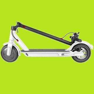 Gagnez votre trottinette électrique pliable à 3 vitesses allant jusqu'à 18kmh!
